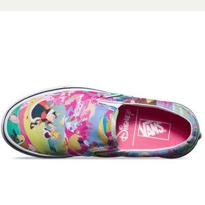 Disney vans *rare* tags attached